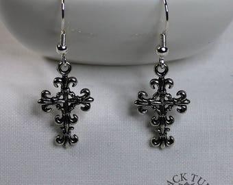 Decorative cross, drop earrings in antique silver finish (Code ESP022)