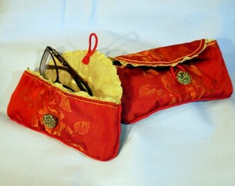 Bag 2 sizes red glasses case