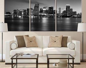 XLarge Wall Art Black&White Miami City Canvas Print, Beautiful Miami Cityscape Canvas Print, Miami Skyline Wall Art, City Skyline Canvas Art