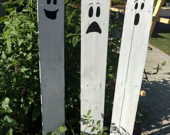 halloween pallet ghosts halloween yard sign rustic halloween decorations three kid friendly ghosts