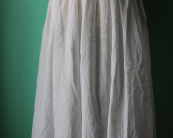 80s/90s Sheer White Cotton Floral Skirt