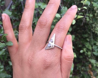 Moonstone Triangle Ring / Sterling Silver Ring Size 8.5 / Silver Triangle Ring / Rainbow Moonstone Ring / Unique Ring / Geometry Ring