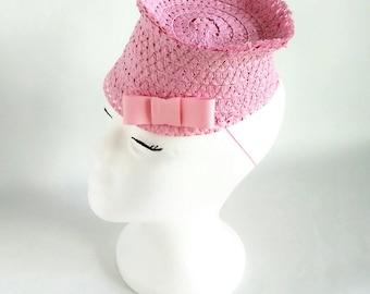 1930s Old Hollywood Inspired Hat/1930s Tilt Hat/1940s Style Cap/Kitten Hat/Vintage Style Hat Cap/Kitten Kaysera Style Hat/Pink Tilt Hat