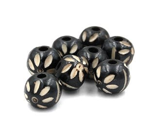 10 pcs - Bone Hand Carved Black Round Beads