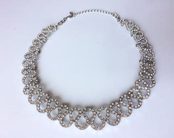Vintage 1980's Waved Swarovski Crystal Rhinestone Round Statement Bib Necklace