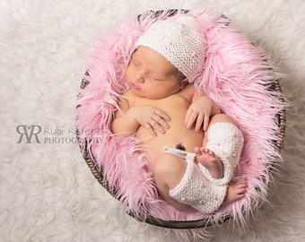Knitted Hat and Leg Warmer With Beads, Photo Prop for newborn, Handmade Photography baby knitting, Newborn Baby Outfit