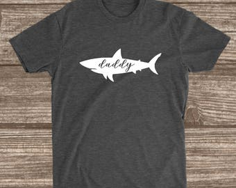 Daddy Shark Dark Heather Grey T-shirt - Dad Shark Shirt - Daddy Shirts - Men's Shirts - Father's Day Gift