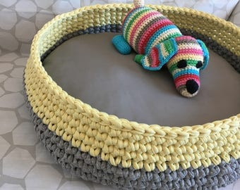 Dog/cat - sleeping dog and cat bed basket