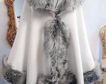 Elegant white and silver half-woolen cloak with high quality faux fur - made by Irena Fashion