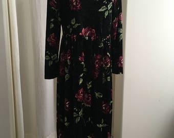 Vintage Floral Velvet Dress