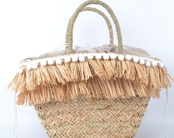 Women's Boho Fringed Straw Beach Bag - The Stunning Woven Market Bag Makes The Perfect Summer Tote