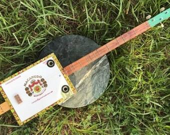 "Cigar Box Guitar (3 String Strummer Dulcimer ""Strumbox"")"
