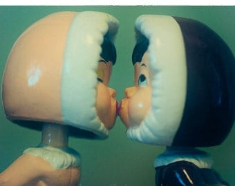 Vintage Eskimo Kissing Bobble Heads