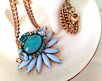 Gorgeous statement necklace with crystal pendant