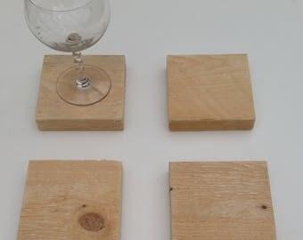 Coaster wood pallet