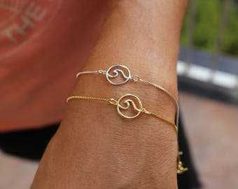 Wave Bracelet, Sea Wave Bracelet, Beach Bracelet, Surfer Bracelet, Ocean Bracelet, Delicate Bracelet, Dainty Bracelet, Beach Wave Bracelet