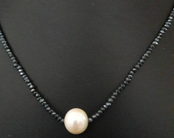 necklace with black spinell and one freshwater pearl