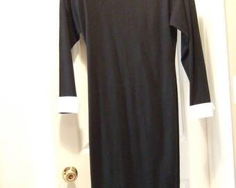 CATHY HARDWICK - Vintage 1970's Black 100% Wool Dress - Size 8.  CLASSY!