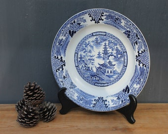 Villeroy and Boch Blue Willow Plate