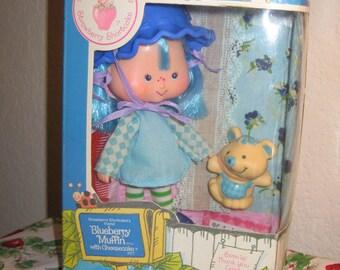 Vintage 1982 Strawberry Shortcake Blueberry Muffin & Cheesecake Custom Boxed Doll