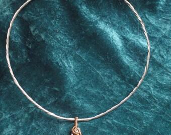Necklace with semi precious stone