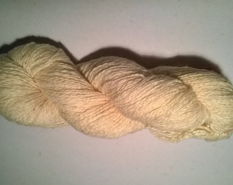 skein of cotton fair trade (Togo)