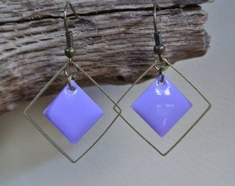 Bronze earrings purple enameled box with a diamond wire