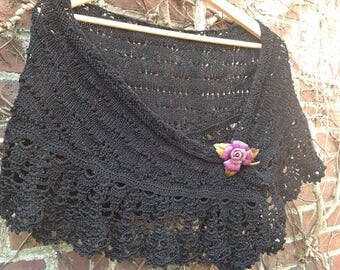 "Black shawl, lace, hand knitted, ""ar vein ruz Aod"" collection"