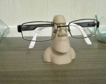 Moai eyewear holder