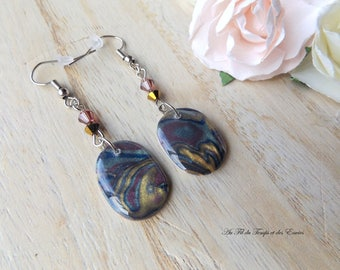 Pendant earrings oval shiny effect