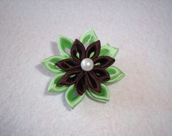 Fleur Kanzashi chocolate and lime green on Alligator Clip