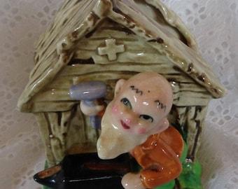 Cute VINTAGE Pixie Elf Old Man Blacksmith Figurine Planter - EXCELLENT!