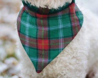 Christmas Plaid dog bandana / dog bandana / pet bandana / over the collar / puppy bandana / slip on dog bandana / winter bandana