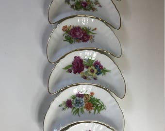 Vintage Crescent Side Dish w/ Gold Trim Made in Japan - Set of 6