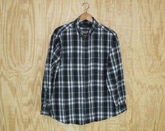 Vintage Soft Cotton Flannel Black / Gray / White Tartan Plaid Button Down Shirt Large L