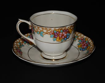 ROYAL ALBERT, Floral, Crown China, Teacup and saucer, 2534, 1905 to 1935 hand painted, flowers, Gold Rimmed, England, Vintage, Bone China