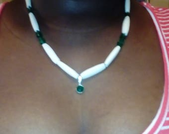 Simple Green necklace