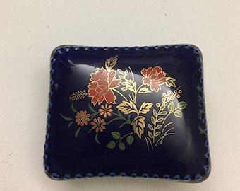 Vintage Oriental Ceramic Porcelain Pill Box