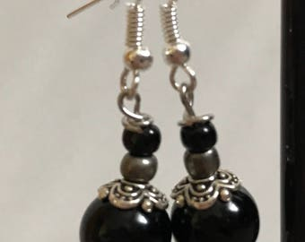 Black and Silver Beaded Drop Earrings, Black Silver Beaded Earrings, Black Silver Drop Earrings, Black Silver Earrings, Silver Black Earring