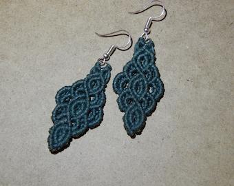 Stylish micro-macrame earrings