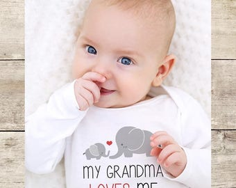 My Grandma loves me cute elephants - Aunt Uncle Grandpa Godfather Short sleeve Baby bodysuit Toddler Youth Shirt - baby shower gift surprise