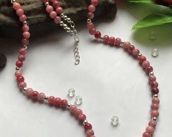 Pink Beaded Necklace, Pink Necklace, Pale Pink Nacklace, Pink Glass Bead Necklace, Pink Beaded Necklace