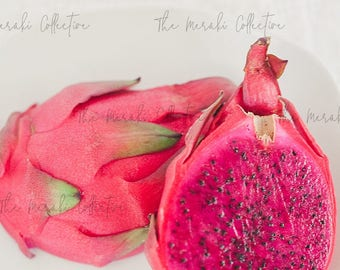 Pitaya Dragonfruit Stock Photo/ Images for health, wellness & fitness Bloggers, Coaches and Entrepreneurs