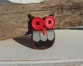 Owl Brooch (Red)