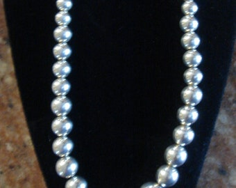 Vintage Sterling Silver Bead Necklace 925 Graduated Beads