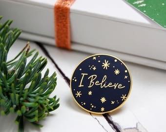 I Believe Enamel Lapel Pin - Christmas Pin Badge - Festive Gold Enamel Pin - Christmas Magic Gift - I Believe In Santa - Stocking Filler