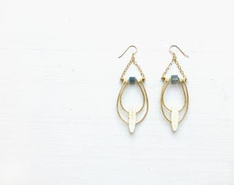 Howlite//Kyanite//Moonstone//Forged metal//Double orbit earrings//Gift for woman//Gift for bridesmaids//Wedding collection//White + Blue