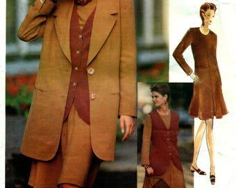 Mode 1062 BETTY JACKSON Jacke, Weste, Kleid Vogue Haltungen International