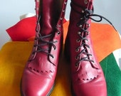 Size 7 .5 Red Leather HIGHTOP Ankle Boots / sz Eu 38 Uk 5 / JUSTIN Kiltie Oxfords Granny Lace Up / made USA Ropers Western