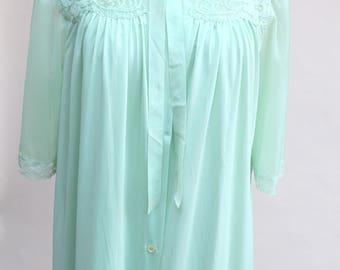 Vintage Nightgown and Peignoir Set / Vintage Green Lorraine Nightgown / Size M